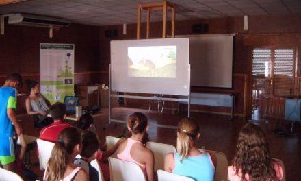 Adesval apuesta por la mejora del tejido empresarial de la comarca en sus cursos de formación online