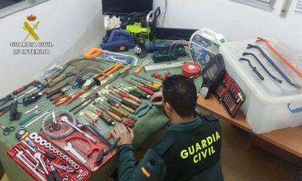 La Guardia Civil detiene a un clan familiar dedicado al robo en explotaciones agrícolas y casas de campo