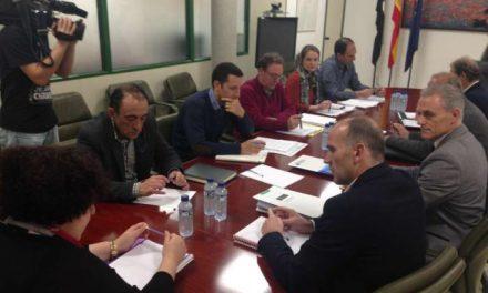 La Consejera de Medio Ambiente preside la constitución de la Mesa de la Agenda del Regadío 2020