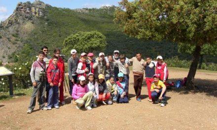 Adesval acerca los Canchos de Ramiro a unos 100 escolares de la comarca del Valle del Alagón