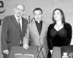 La Unión Extremeña de Bibliófilos celebró ayer el Día del Bibliófilo con un homenaje a Sánchez Adalid
