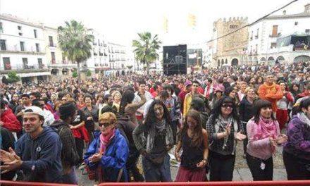 El Ayuntamiento de Cáceres y la Junta garantizan que el Womad se repetirá en el próximo año 2009