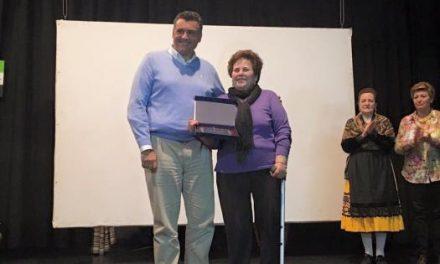 """Coria celebra el Día de la Mujer con un homenaje a Ángela Ramajo por """"toda una vida dedicada al trabajo"""""""