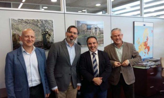 La Dirección General de Turismo renueva el convenio con la oficina de turismo de Plasencia