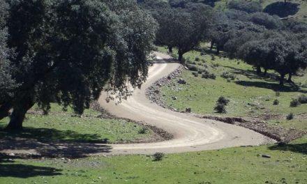 La Junta de Extremadura destina más de 60 millones de euros al Plan de Caminos Rurales