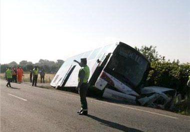 Estudiantes del autobús accidentado acusan al conductor de conducción temeraria el día del siniestro