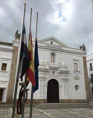 La Asamblea de Extremadura guarda un minuto de silencio por las víctimas de los atentados de Bruselas