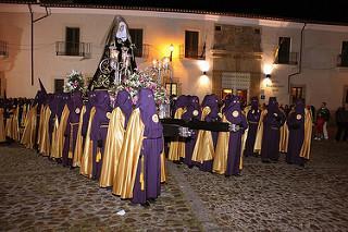 La procesión de la Virgen Dolorosa recorrerá en la noche de este viernes la calles de Coria