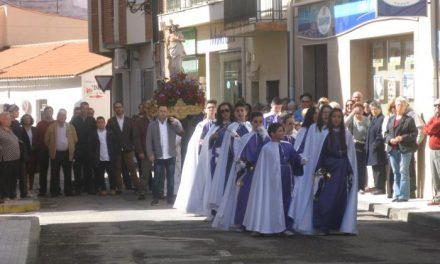 Moraleja pone fin a la celebración de la Semana Santa con la procesión del Domingo de Pascua