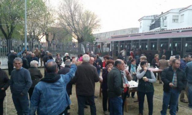 Decenas de vecinos de Moraleja disfrutaron de la jornada de convivencia en el Barrio de Las Eras