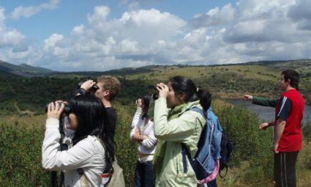 Alumnos de Hoyos, Coria y Santibáñez el Bajo participan en los itinerarios educativos por los Canchos de Ramiro