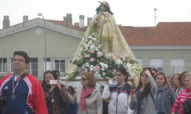 La Virgen de la Vega llega este domingo a Moraleja acompañada por numerosos fieles