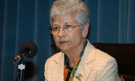 La poetisa Pureza Canelo tomará posesión de su plaza en la Real Academia de Extremadura en mayo
