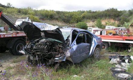 Un joven de 19 años fallece en un accidente de tráfico registrado en la carretera que une Casillas con Coria