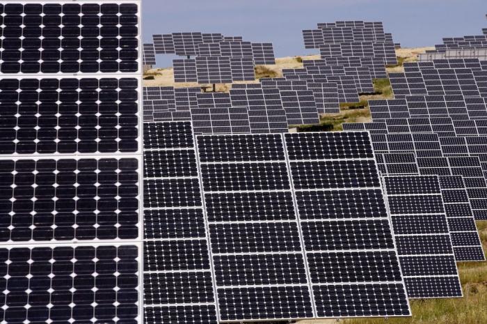 La planta solar fotovoltaica de Cáceres generará energía para abastecer a más de 1.200 hogares