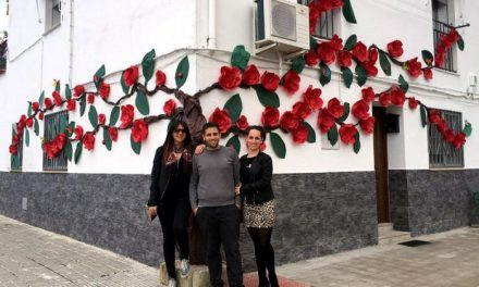 """Rincón del Obispo clausura el III Festival de las Flores premiando a los portales """"más floridos"""""""