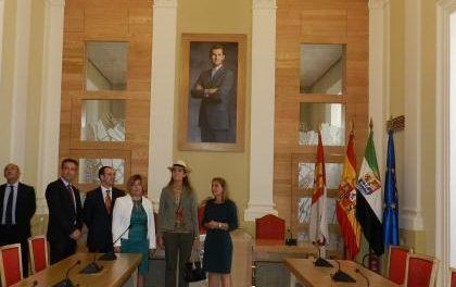 La Infanta Elena de Borbón visitará Extremadura en la clausura de las Jornadas de Salud Mental en Don Benito