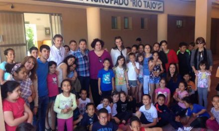 Begoña García destaca la importancia del consumo de fruta entre los escolares extremeños