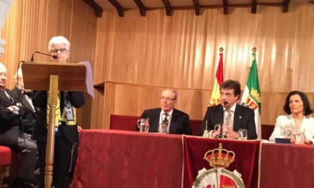 La poetisa moralejana Pureza Canelo toma posesión de su plaza en la Academia de las Artes de Extremadura