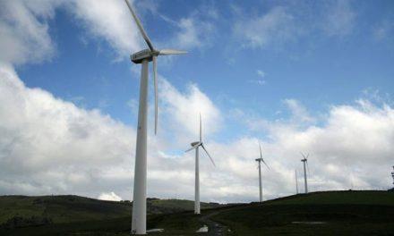 Fernando Pizarro destaca que el parque eólico de Plasencia será el primero de Extremadura