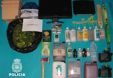 La Policía Nacional desmantela un laboratorio de marihuana en la barriada de La Paz de Badajoz