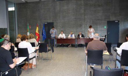 El pleno del Consejo Escolar de Extremadura respalda el nuevo proyecto de currículo para ESO y Bachillerato