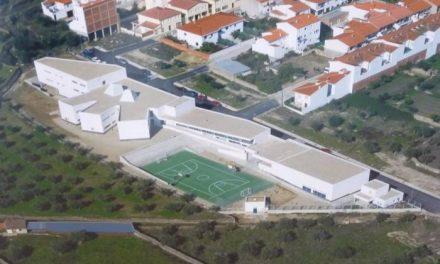 La Junta asegura que los alumnos del ciclo suprimido en Torrejoncillo podrán finalizarlo en el centro