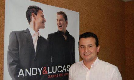 El dúo gaditano Andy & Lucas actuará el próximo 5 de julio en concierto en el polideportivo de Moraleja