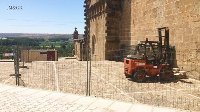 La primera fase de las obras de la Catedral de Coria comienzan con la cimentación del edificio