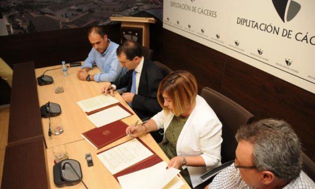 Diputación y Confederación Hidrográfica firman el convenio de cesión de la carretera Moraleja-Vegaviana