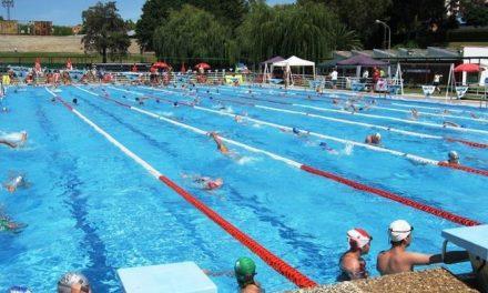 La piscina municipal de Plasencia acogerá una maratón solidaria de aquagym a favor de Cáritas
