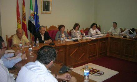 El Ayuntamiento de Moraleja asume la construcción de las viviendas del Plan 60.000, tras la disolución de Urvimo