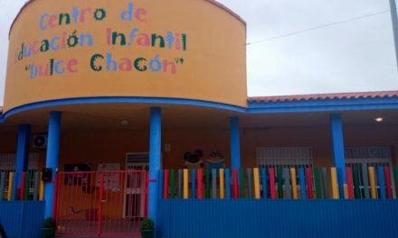 El Ayuntamiento de Plasencia convoca las becas para solicitar plaza en el centro Dulce Chacón