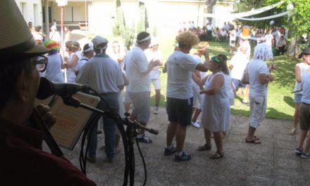Cerca de 90 usuarios del centro ocupacional de Mensajeros de la Paz en Moraleja disfrutan de una fiesta final