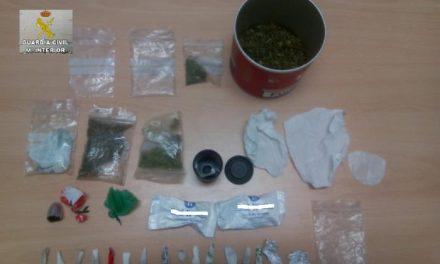 La Guardia Civil detiene a un hombre de 45 años en Navaconcejo por supuesto delito de tráfico de drogas