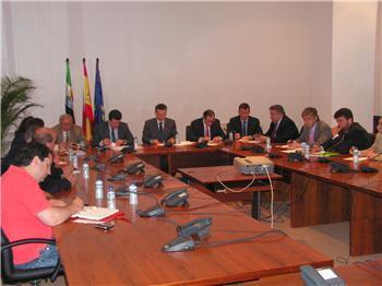 Quintana anuncia que el nuevo plan regional de vivienda potenciará la figura de la rehabilitación