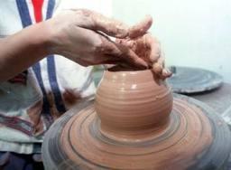 La Junta fomentará la formación de aprendices artesanos con ayudas de hasta 270.000 euros