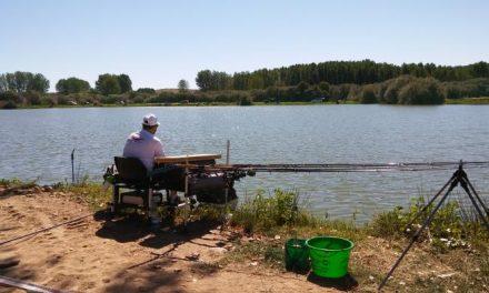 Los caurienses Fátima Córdoba y José Antonio Ruana participarán en la final regional de pesca