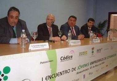 La Asociación de Jóvenes Empresarios de Extremadura organiza el primer encuentro en Almendralejo