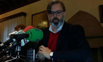 Fernando Pizarro afirma que el Ayuntamiento no puede asumir la gestión del palacio de congresos