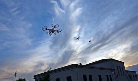 Empresas extremeñas de servicios con drones estudian espacios de colaboración permanente