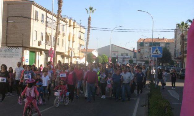 Cerca de 800 personas asistieron a los eventos de este domingo con motivo del II Mes Rosa de Moraleja