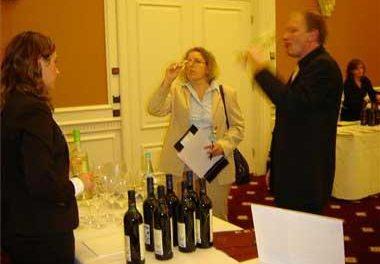 La bodega Las Minitas de Almendralejo  hace campaña en EEUU para introducir sus vinos en el mercado