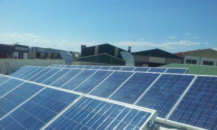 Una empresa de Coria ha instalado la mayor planta fotovoltaica de las Islas Canarias