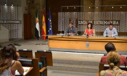 Casi 500 interinos docentes de Extremadura optan a 88 plazas de los programas proyecto Ítaca