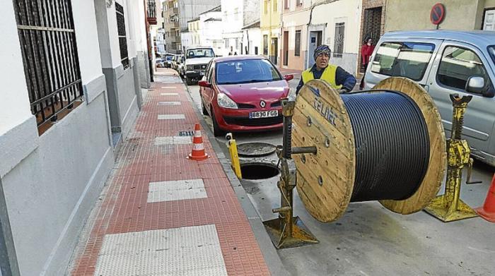 La Junta de Extremadura convoca ayudas para el despliegue de la fibra óptica en las mancomunidades