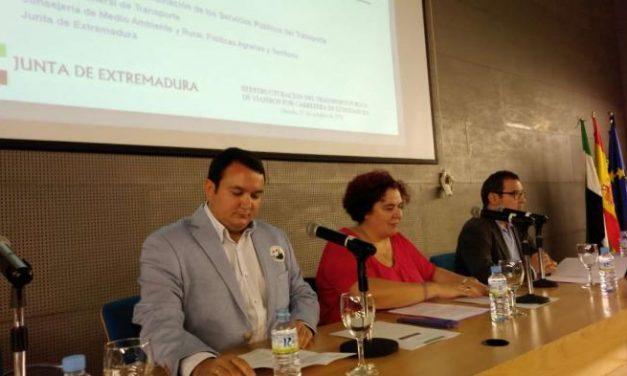 La Junta de Extremadura reestructurará el servicio de transporte público por carretera