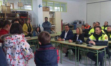 La Policía Local de Coria desarrolla en los centros educativos de la ciudad un programa de educación vial