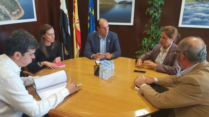Blanco-Morales se reúne con los grupos parlamentarios para estudiar los presupuestos de 2017