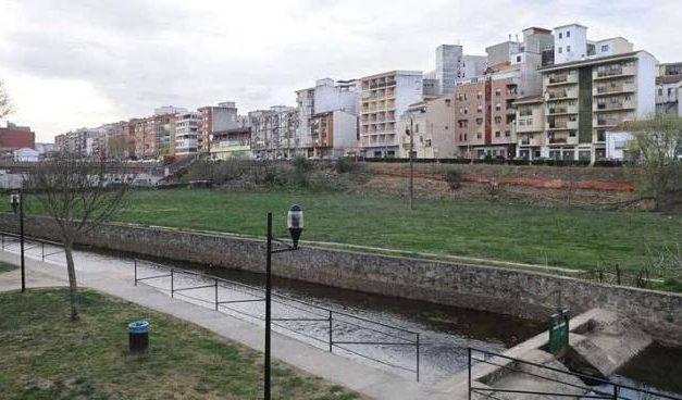 La Junta de Extremadura pide a Plasencia la cesión de terrenos para el nuevo colegio